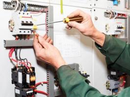 خدمات برق ساختمان (برقکار سیار)